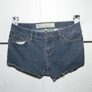 Ann LOFT Taylor womens cut off shorts sz 8 P -308